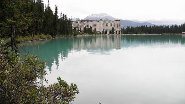 Resize of F. Lake Louise. SANY0186