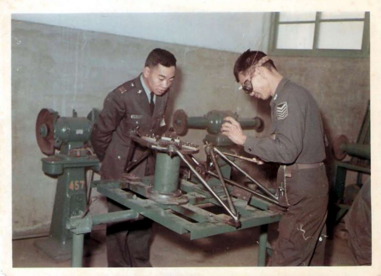 This is how the original engine mount was made in 1960's by AIDC 漢翔航空工業股份有限公司
